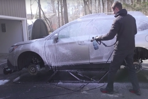 How to Wash the Winter Salt Off Your Car