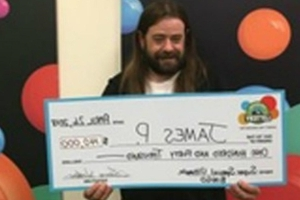 Uber Driver Wins $140,000 After Passenger Tips Him With Lottery Ticket