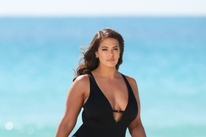86610407e42df Health   Fit  Ashley Graham Shared the Most Relatable Video About ...