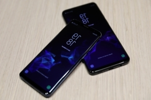 Galaxy S10 Could Have In-Display Fingerprint Reader