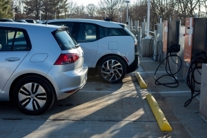 How Electric Vehicles Will Go Mainstream - The Big Picture
