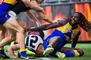 AFL greats line up to slam Naitanui suspension