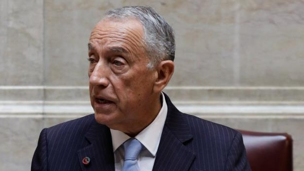 Portuguese President Marcelo Rebelo de Sousa: President Marcelo Rebelo de Sousa expressed concern with the proposed minimum age of 16