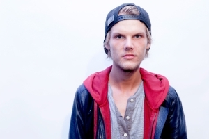 Avicii's girlfriend lashes out at Internet trolls blaming her for his death