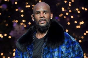 Spotify Removes R. Kelly From Playlists After Misconduct Allegations