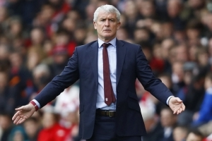 Mark Hughes praises connection between fans and players