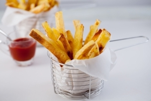How to Make Restaurant-Quality French Fries At Home