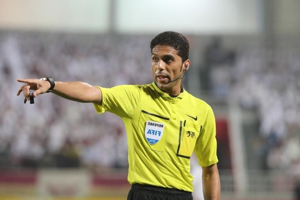 Saudi referee Fahad al-Mirdasi has been banned for life by the Saudi football federation for offering to take a bribe.