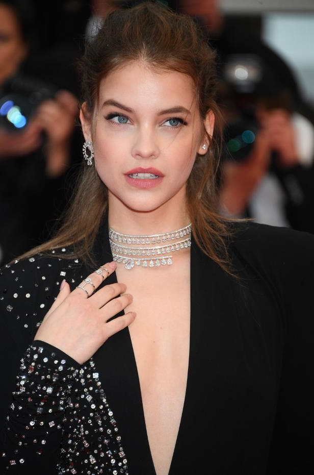 Diapositive 5 sur 10: Barbara palvin 6