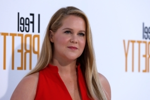 Amy Schumer on Harry, Meghan: 'Can You Imagine Having a Worse Wedding?'