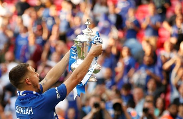Sport Hazard Wins Fa Cup For Chelsea With Victory Over Man