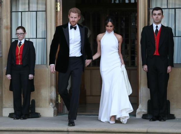 df30ec7775f Weekend Reads  Here s What Went Down At Meghan And Harry s Wedding ...