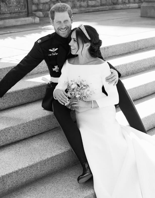 Official Wedding Photos.Weekend Reads They Re Here Harry And Meghan S First