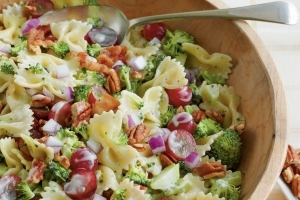 This Is the Secret to Better Pasta Salad