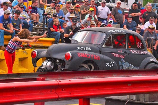 Slide 41 of 376: 041-Greer-Dragway-HOTROD-Revival.jpg
