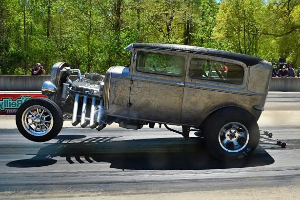 Slide 46 of 376: 046-Greer-Dragway-HOTROD-Revival.jpg