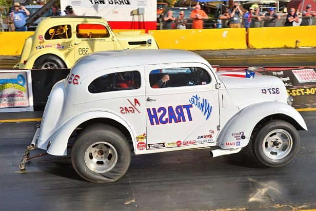Slide 66 of 376: 066-Greer-Dragway-HOTROD-Revival.jpg