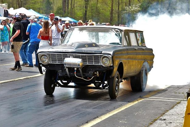 Slide 7 of 376: 007-Greer-Dragway-HOTROD-Revival.jpg