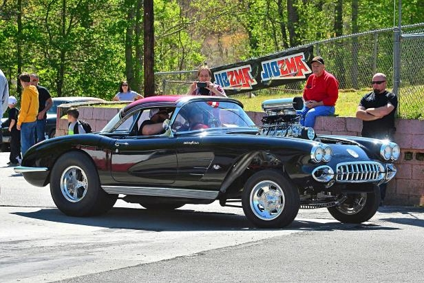 Slide 90 of 376: 090-Greer-Dragway-HOTROD-Revival.jpg