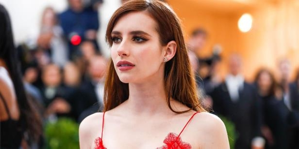 Emma Roberts just debuted a new super short haircut on Instagram: a short angled bob. Check out the new 2018 haircut here.: Emma Roberts Just Got A Crazy-Short Bob