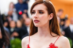 Emma Roberts Just Got A Crazy-Short Bob