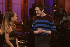 Ariana Grande Shares Sweet PDA Pic With Pete Davidson