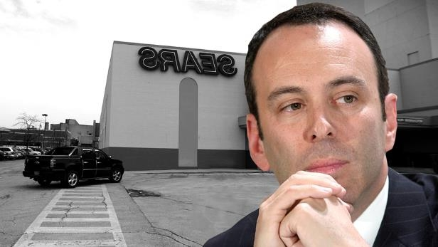Edward Lampert wearing a suit and tie eating a sandwich: Eddie Lampert, hedge-fund manager and CEO of Sears Holdings.