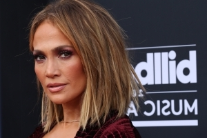 Jennifer Lopez will perform until her body 'starts aching'
