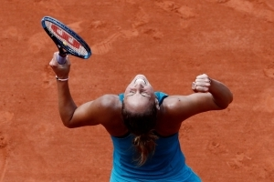 American pals Stephens, Keys both reach 1st French Open QF