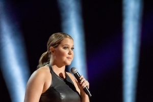 Amy Schumer Debuts New Jokes on Weinstein, Cosby: 'Why Not #MeToo?'