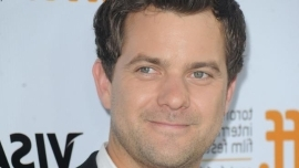 Joshua Jackson is dating Alyssa Julya Smith, two years after he split from former girlfriend Diane Kruger after a 10-year romance.