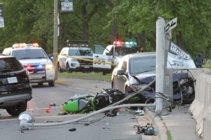 Motocyclist dies after multi-vehicle collision on Lake Shore Boulevard