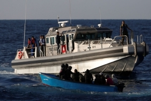 Thirty-five migrants killed after boat sinks off Tunisia coast