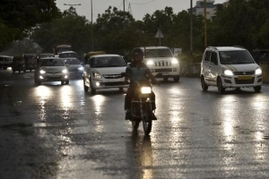 Thunderstorm warning for 13 states, heavy rains likely in northeast