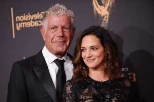 Anthony Bourdain Dead: Girlfriend Asia Argento Pays Tribute To 'Brilliant, Fearless, Generous' Chef