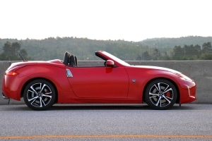 Nissan Holds Line on 370Z Base Price for 2019