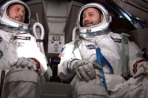 Jimmy Kimmel interviews Ryan Gosling in space for First Man