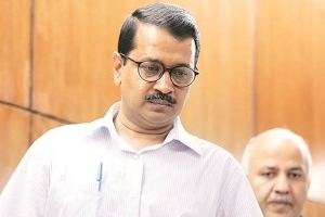 CBI and ACB trying to frame me: Kejriwal