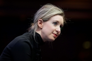 Theranos founder reportedly seeks investors for new company