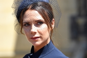 This is why Victoria Beckham looks so amazing at 44