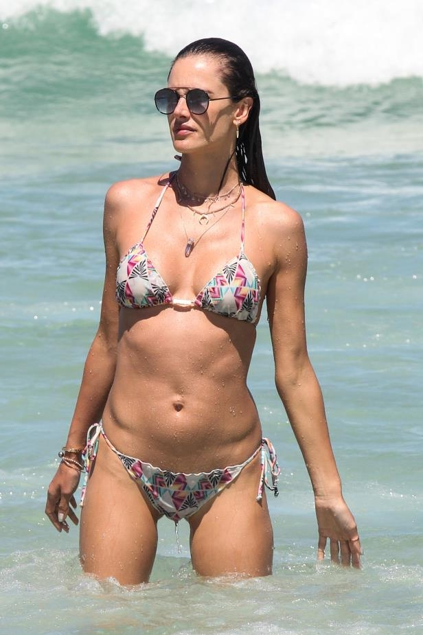Slide 58 of 67: Alessandra Ambrosio sizzled on the beach as she vacationed in Brazil on Jan. 3.