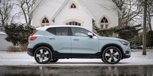 Finally, a small luxury crossover that's just happy to be itself.: The Volvo XC40 Isn't Sporty, Which Makes it Great