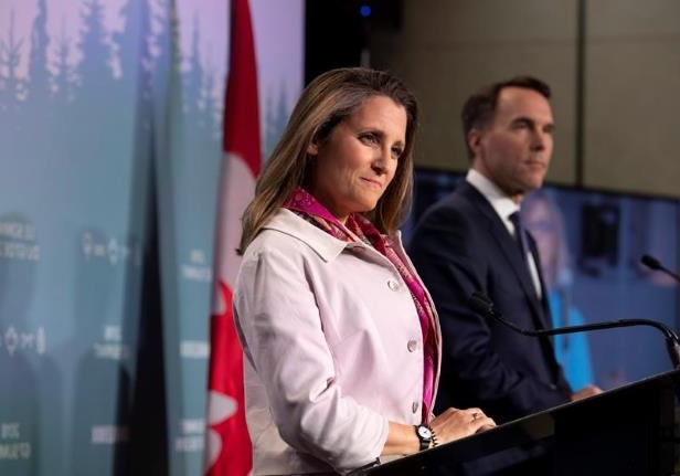Freeland meets U.S. Senate committee
