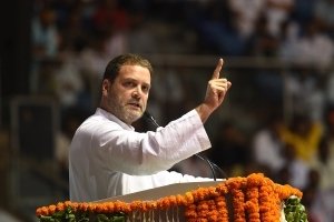 Modi does not respect his guru, I feel sad for Advani: Rahul Gandhi