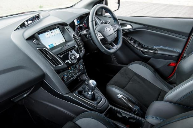 Slide 25 of 94: 2018-Ford-Focus-RS-cabin.jpg
