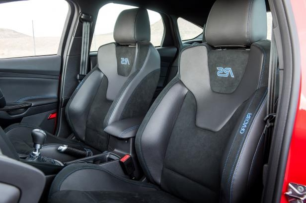 Slide 56 of 94: 2018-Ford-Focus-RS-front-interior-seats.jpg