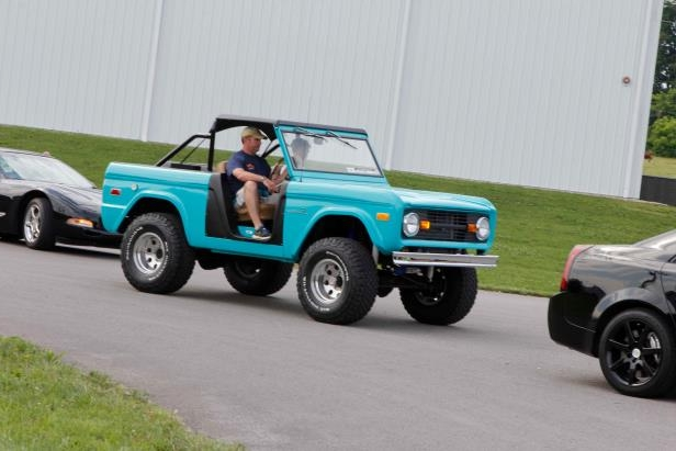 Slide 6 of 14: 010-power-tour-ford-bronco.jpg