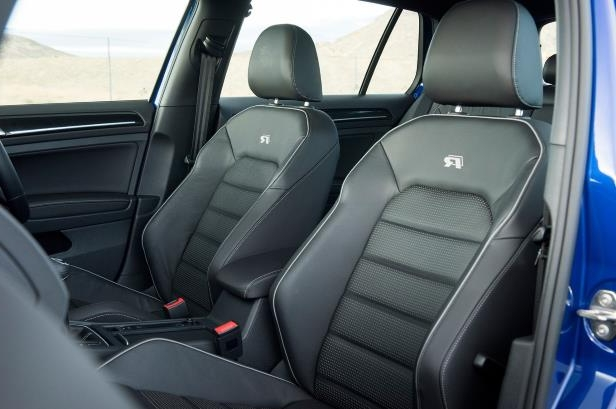 Slide 84 of 94: 2018-Volkswagen-Golf-R-interior-front-seats.jpg