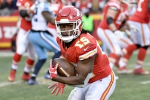 911 call from alleged Kareem Hunt assault released