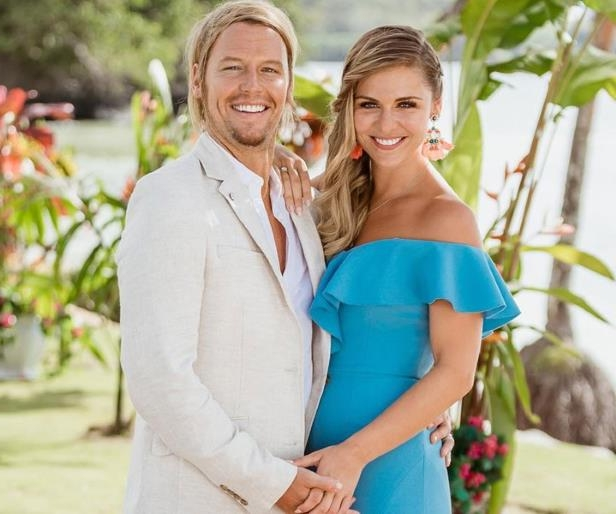 Bachelor In Paradise Australia's favourite couple Tara Pavlovic and Sam Cochrane faced breakup rumours this week after the pair unfollowed each other on Instagram.: Tara Pavlovic Has Responded To Claims She's Split From Fiancé Sam Cochrane